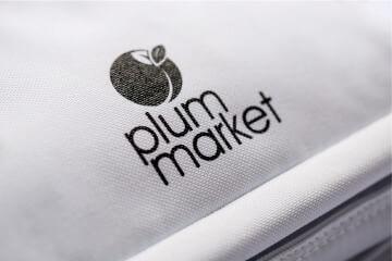 Mittels Siebdruck Werbeartikel bedrucken und mit Logo veredeln